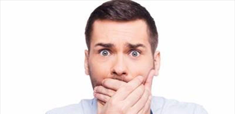 طرق التخلص من رائحة الفم الكريهه