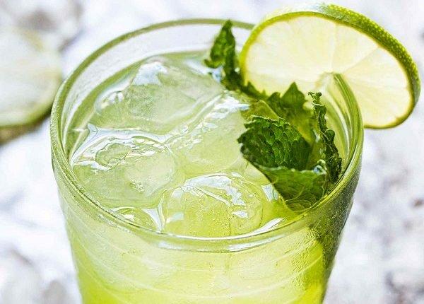 طريقة عمل عصير الليمون بالنعناع منال العالم
